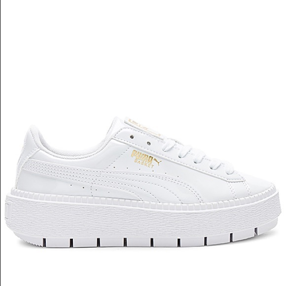 e4035f3b694df8 Puma Platform Trace Women s Sneaker. M 5b1a89c1409c156cde09a5ae